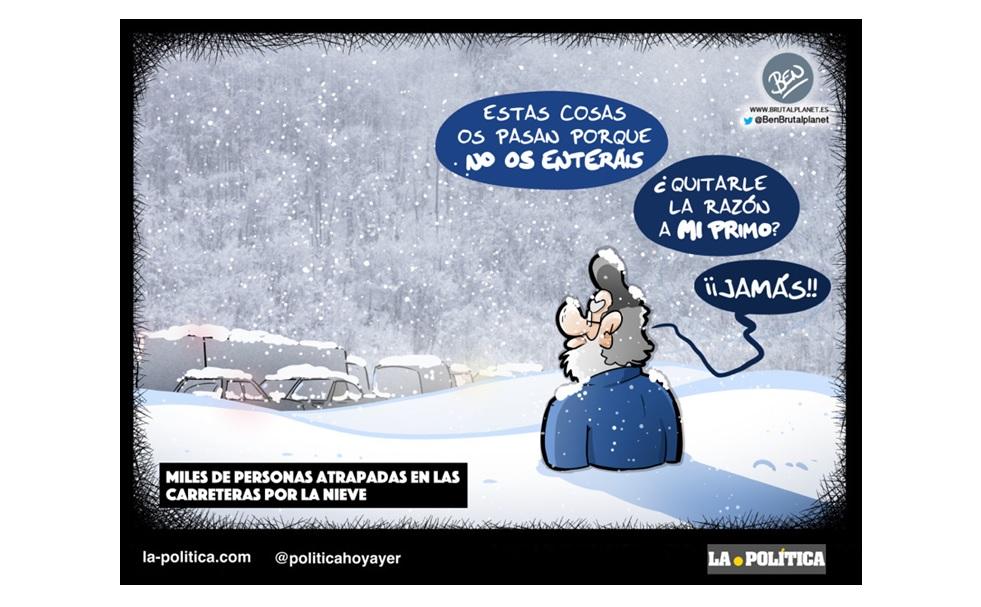 Miles de personas atrapadas en las carreteras por la nieve, acusan a la DGT por falta de previsión y una señalización inadecuada