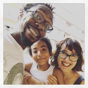 Ramón Nse Esono y su familia
