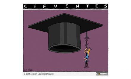 Cifuentes y la reputación de la Universidad pendientes de un fino hilo