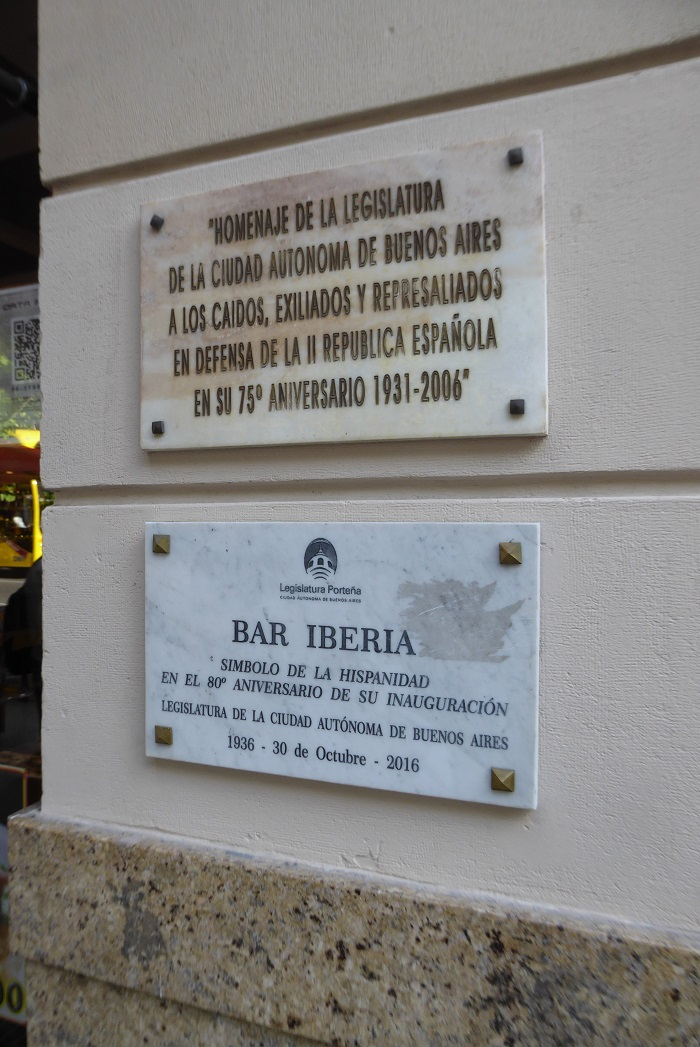Placa homenaje Bar Iberia.